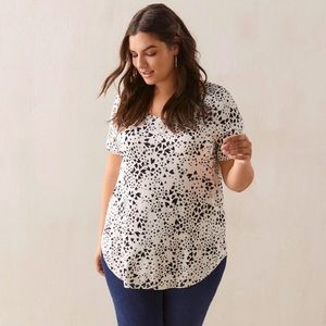 Plus Size 5X In Every Story Hearts T-shirt NWOT